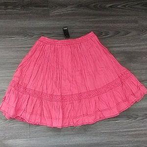 Ann Taylor Loft size Small Skirt Coral